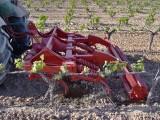 Quimel Chisel viñedo,preparación del suelo,voltear. - 2012