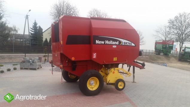New Holland BR 740 Prasa rolująca - zdjęcie 1