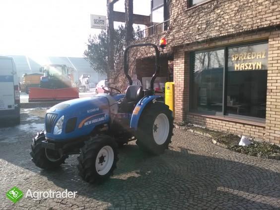 Ciągnik sadowniczy (kompaktowy) New Holland BOOMER 40 - zdjęcie 4