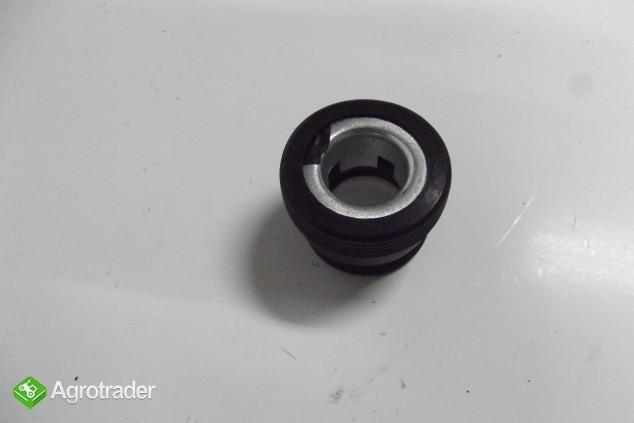 Reperturka pompy wody URSUS C 385.    - zdjęcie 2