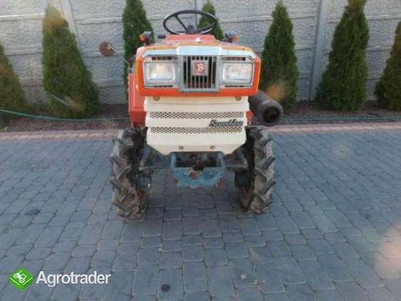 Kubota B1702 17KM 4x4 mini traktor super stan Iseki Yanmar Hinomoto - zdjęcie 4