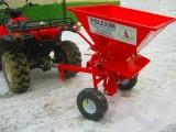 Rozsiewacz soli, piasku, nasion dla ATV, ciągników  itp  zbiornik 200l