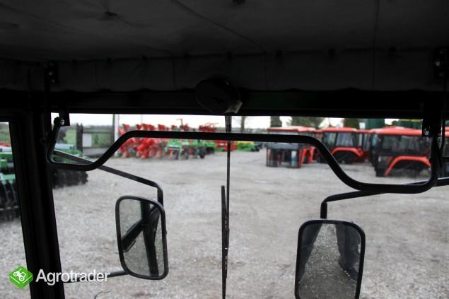 Kabina ciągnikowa do ciągnika C 330 C 330 bez błotników  - zdjęcie 5