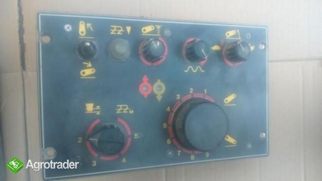 Panel EHR,podnośnika,sterownik,Massey Ferguson 3070,3125,3690 - zdjęcie 3